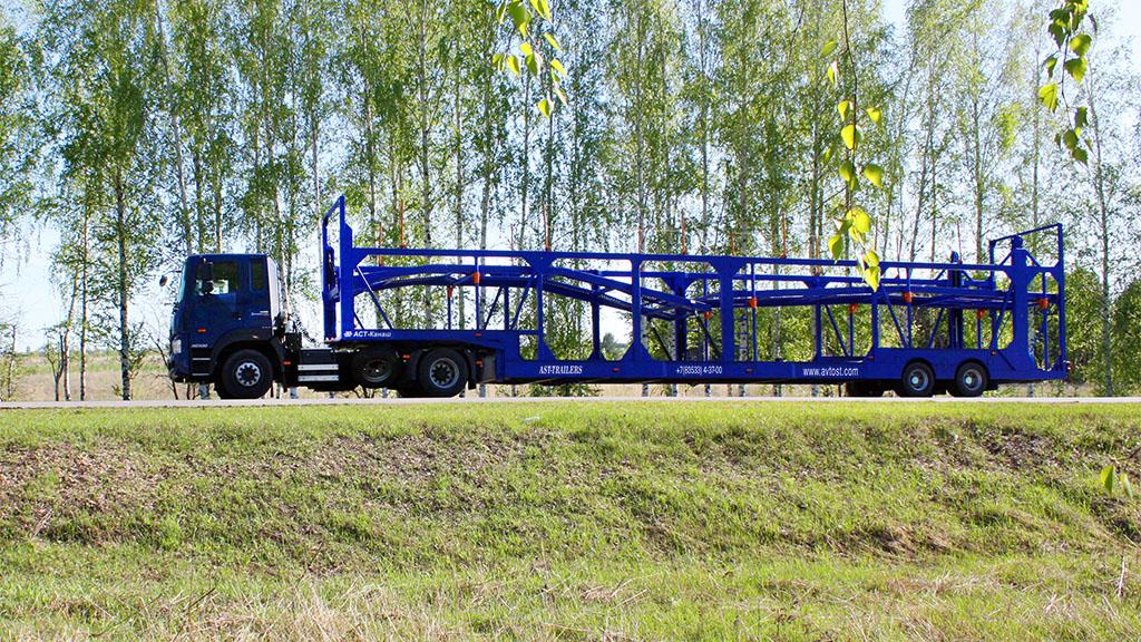 автовозы фото и картинки АСТ 949220 в сцепе с тягачом hyundai